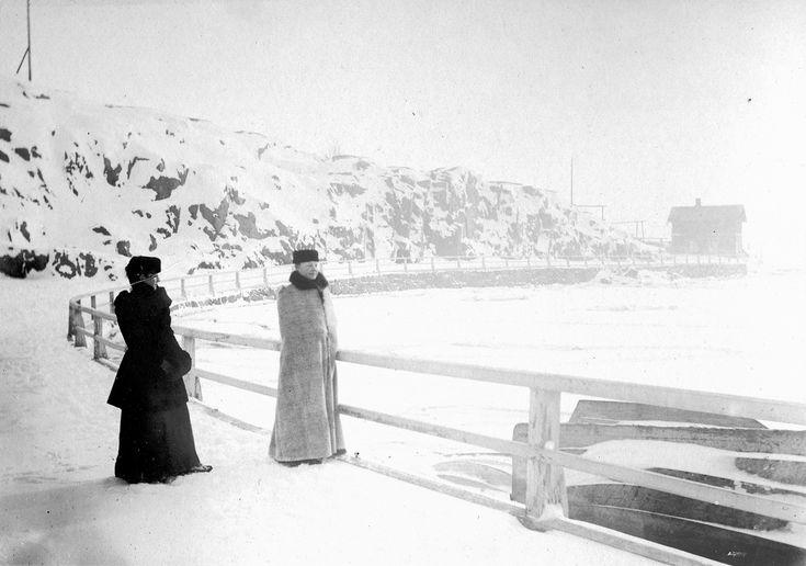 Kaivopuiston ranta, Helsinki. Svenska litteratursällskapet i Finland 1907