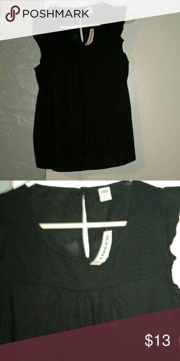 NWT OLD NAVY top NWT size xsmall black, OLD NAVY top. Old Navy Tops
