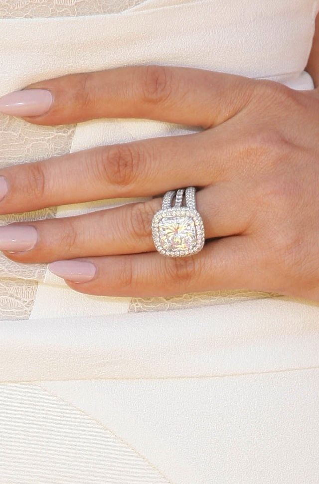 Khloe Kardashian's wedding set from her marriage to Lamar.  I would love to have this diamond