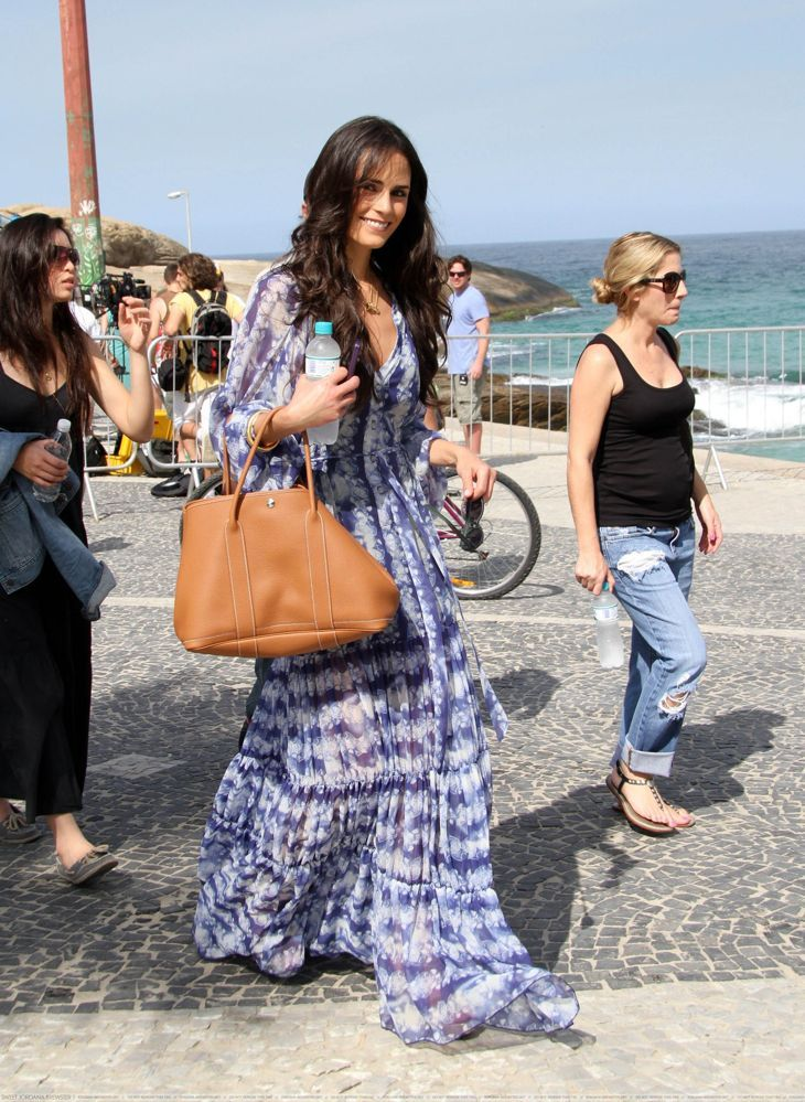 Jordana Brewster with her Hermes Garden Party Tote | Everything ...