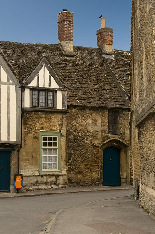 Just as you walk into the village of Lacock, you come upon these medieval houses   http://www.picturesofengland.com/England/Gloucestershire/The_Cotswolds/pictures/1101370