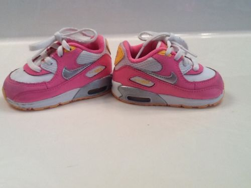 17 Best images about Baby Shoes on Pinterest | Girl cribs, Pink ...