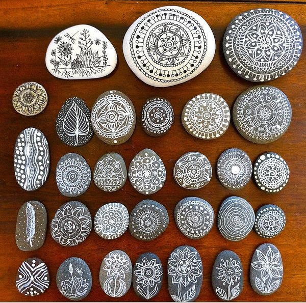 these stones are super cool By MagaMerlina at http://www.flickr.com/photos/mmtrujilloa/6803784651/in/set-72157629135249725