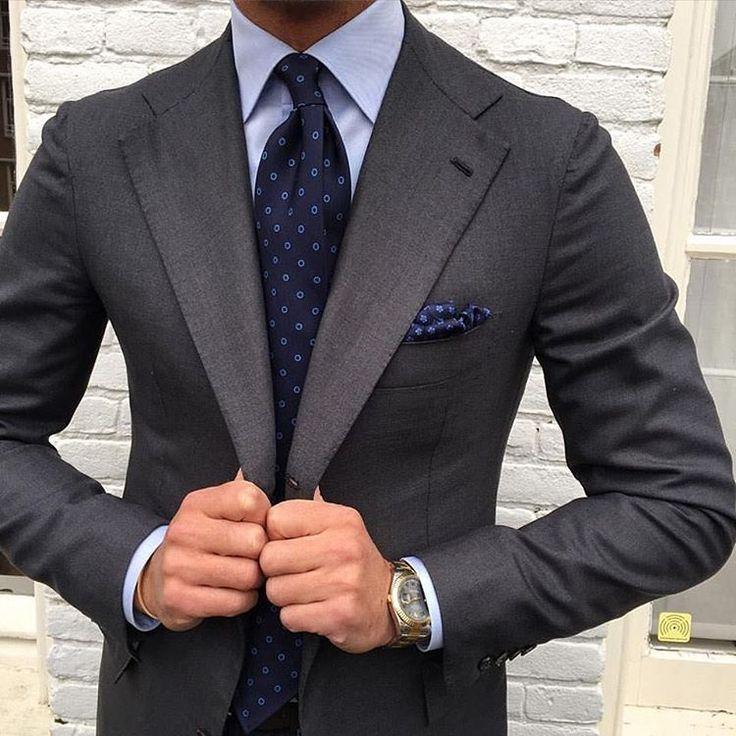 M s de 25 ideas fant sticas sobre trajes grises en - Combinaciones con gris ...