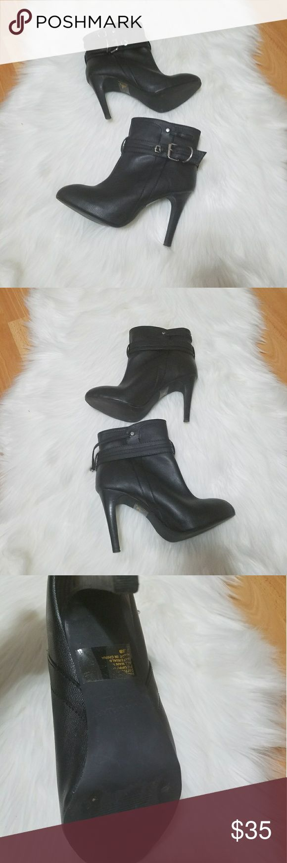 "Colin Stuart ankle Booties Size 7.5. Great condition. Has some sole wear. Heel height 4"". Colin Stuart Shoes Ankle Boots & Booties"