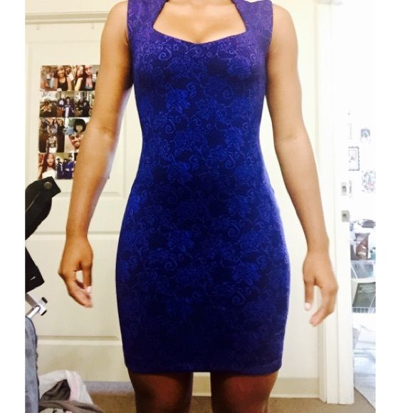 Going out dress! Perfect going out dress or formal dress from Forever 21! Was worn once and was washed. It's a small but can fit a medium for a snugger fit. Forever 21 Dresses