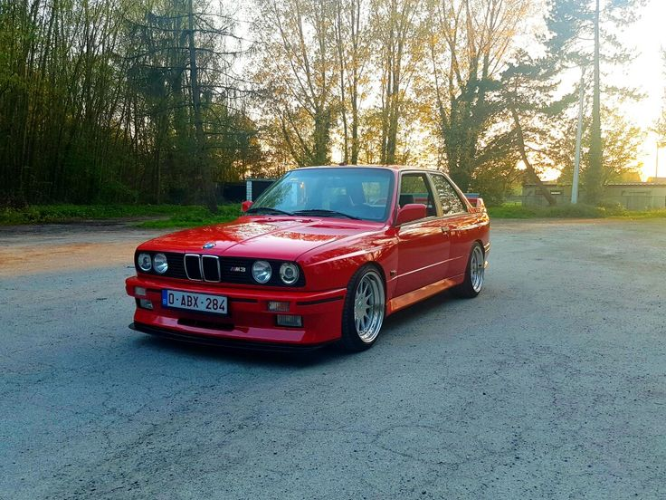 bmw e30 m3 brilliantrot with 3 piece hartge wheels bmw. Black Bedroom Furniture Sets. Home Design Ideas