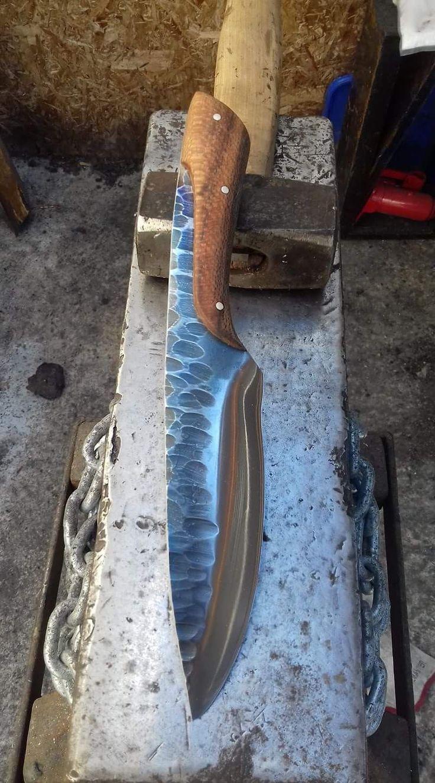 Interesting handle design.