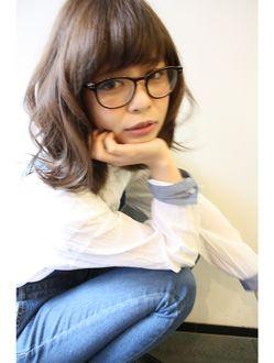 トゥーリ(tuuli)《tuuli》オシャレメガネ女子×ベージュアッシュ☆《西山雅隆》