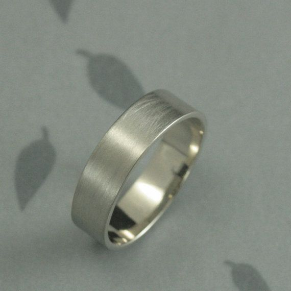 This is a stylish band for any modern man! Hand made from solid 10K rectangular…