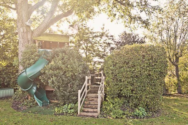 awesome treehouse slide