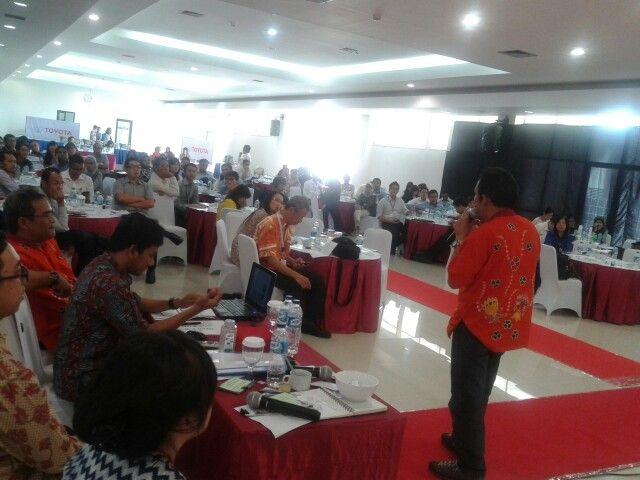 Belajar Membatik @PT. Toyota Astra Motor Training Centre Cibitung