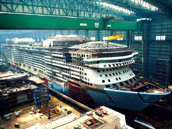Countdown to November: the final block of #QuantumOfTheSeas has been moved into place.Meyers Werft, Royal Caribbean, Sea Construction, Caribbean Quantum, 800600 Pixel, Construction Du, Cruises Ships, Caribbean International, The Sea