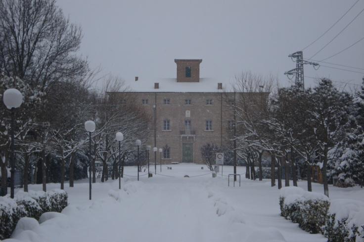 Villa Torlonia - San Mauro Pascoli (FC) http://www.dissonanzegiornale.it/blog/2012/02/04/san-mauro-pascoli-e-la-grande-nevicata-galleria-fotografica/