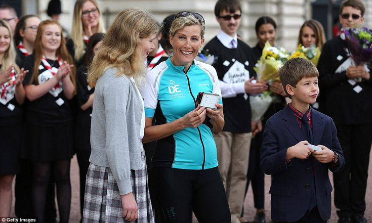 Sophie, Countess of Wessex with her children Lady Louise Windsor and James Viscount Severn after completing her challenge
