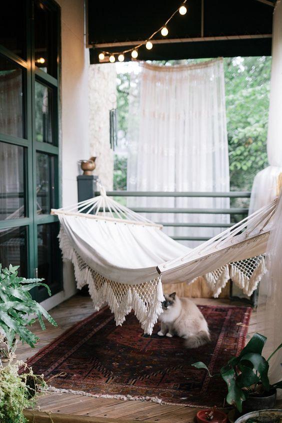 25 best condo balcony ideas on pinterest balcony ideas for Hammock for apartment balcony