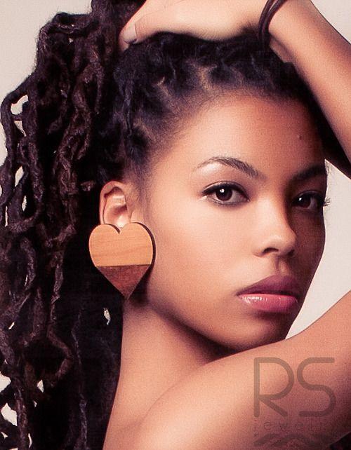 rachelstewartjewelry:    Loves Holiday wood studs.  Rachel Stewart Jewelry