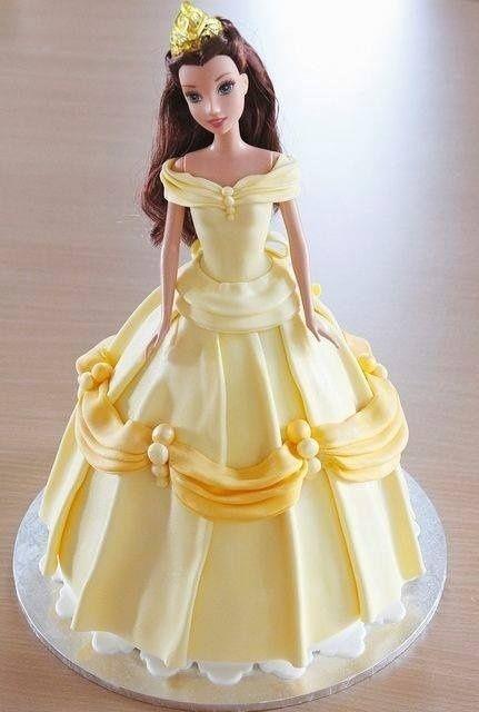 Boneca preferida da criança pode se transformar em bolo de aniversário