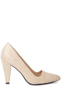 Croc Effect Court ShoeFabric: Main: 100.0% Polyethylene.Wash care: Wipe CleanProduct code: 02421406 Price: £38.00