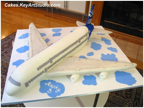Airbus A380 plane cake