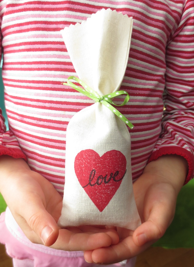 Love Heart Sachet. Filled with french lavender.  Block printed on hemp and organic cotton fabric.  www.brindylinens.com