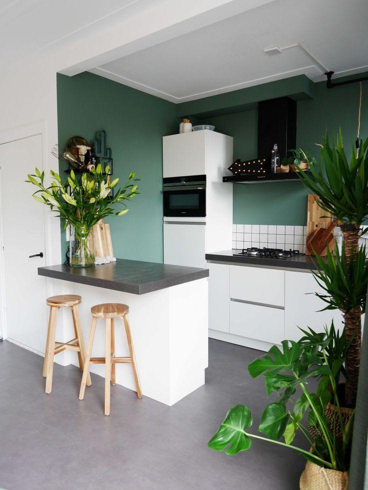 Küchen Ideen 1930er Jahre grün, eng weiße Fliesen Fliesen ...