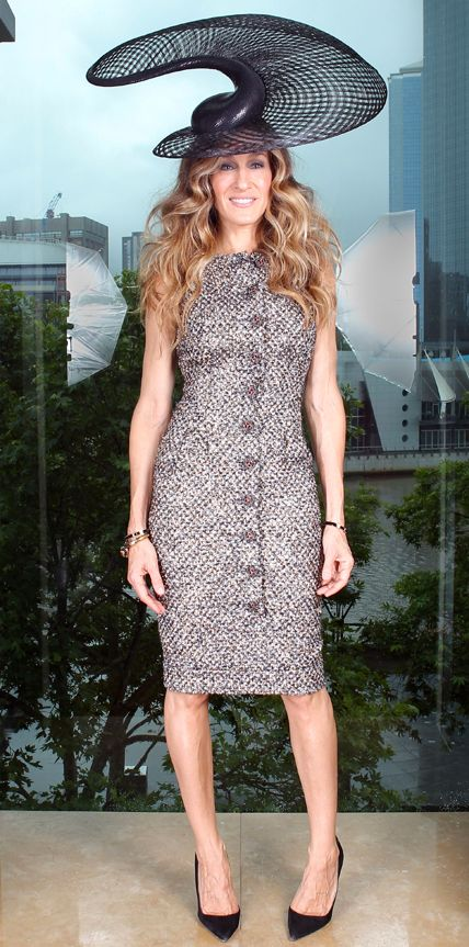 Happy+49th+Birthday,+Sarah+Jessica+Parker!+See+Her+Most+Stylish+Looks+Ever+-+Chanel,+2011 +-+from+InStyle.com