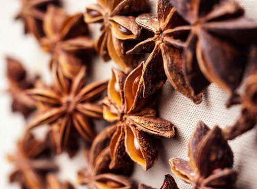 11 remèdes naturels pour lutter contre l'acidité ou les brûlures d'estomac - Améliore ta Santé