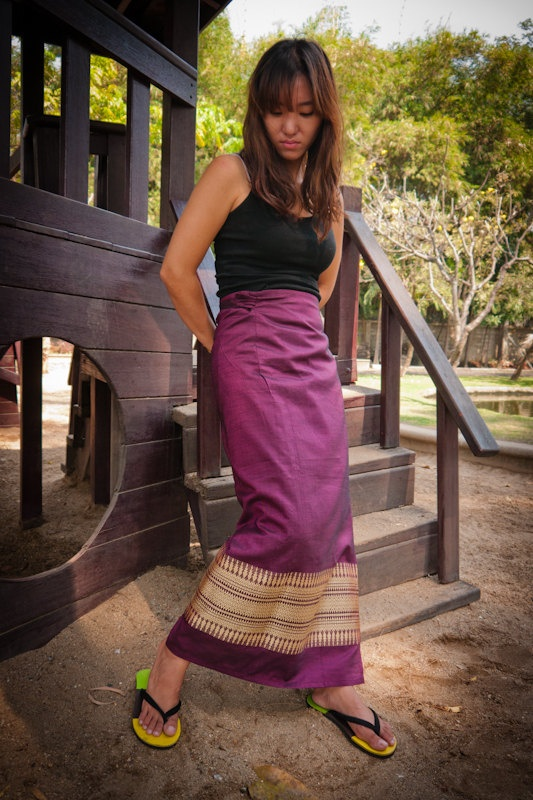 Traditional Thai Silk Wrap Skirt In Purple With Gold By