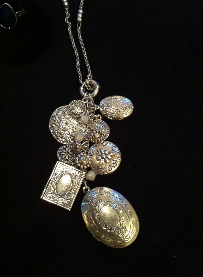 Near & Dear Necklace from #PDSpring2014 Collection  http://wendyrosario.mypremierdesigns.com/   Access code:  Wendy