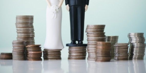 How To Plan A Wedding On A £3500 Budget. Read our guide on how you can get your wedding budget in for under £3000 here on Planning My Scottish Wedding