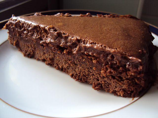 Elizabeth's Homemade Recipes: Chocolate Mousse Cake