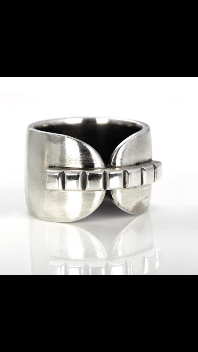 Miglio Man Ring  Liesl 0410459856