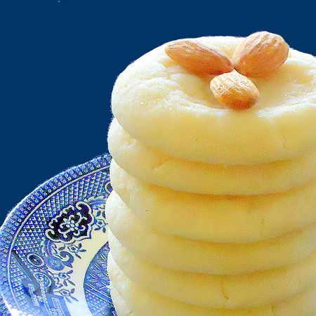 Pillow Soft Almond Sugar Cookies - these will be the next cookies I make. :-) lemon instead of almond extract!