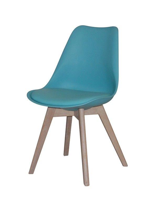 Jerry spisestuestol - Smuk og veldesignet skalstol til spisestuen med flot blåt sæde og stel i hvidolieret eg. Stolen har naturlige og bløde runde former, som er yderst behagelige at sidde i og kan med fordel kombineres med en af de øvrige smukke farver, for et mere personligt udtryk. Sælges i sæt á 2 stk.
