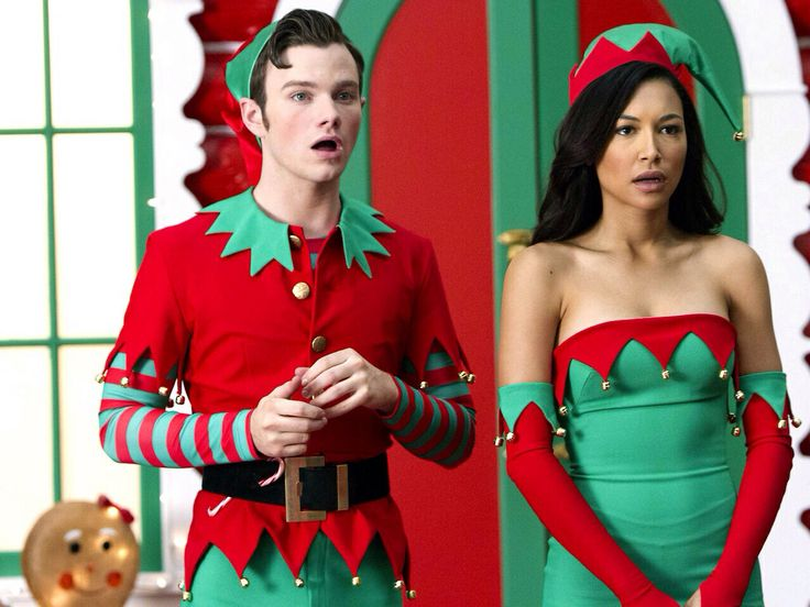 glee Christmas song here come Santa Claus