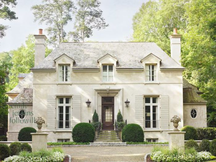 Best 25 white brick houses ideas on pinterest brick for French country style homes for sale