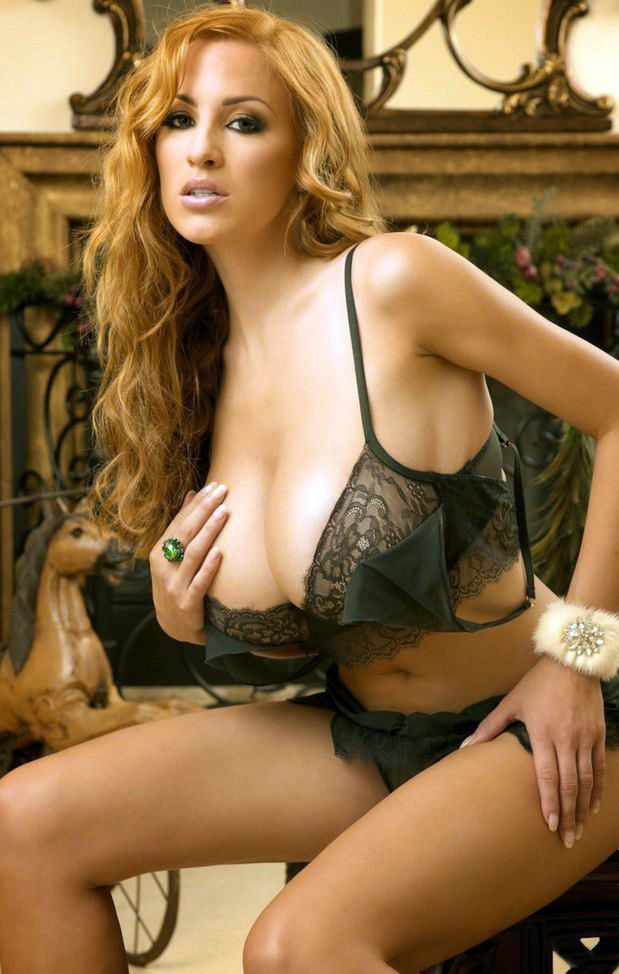 Strawberry Blonde In Black Bra And Panties  Striking -4450