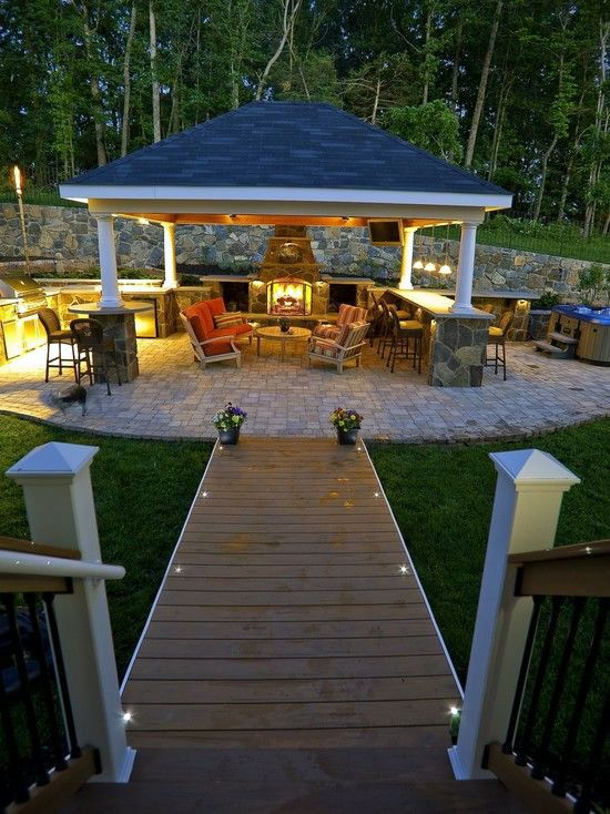 Fire Place Design Concepts For An Elegant Exterior Space