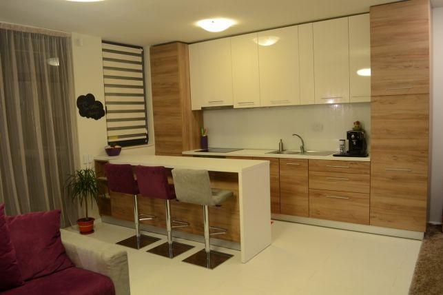Casele cititorilor: Anda si apartamentul pe care si l-a amenajat singura- Inspiratie in amenajarea casei - www.povesteacasei.ro