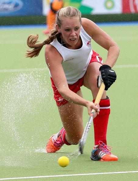 Giselle Ansley - Hockey.