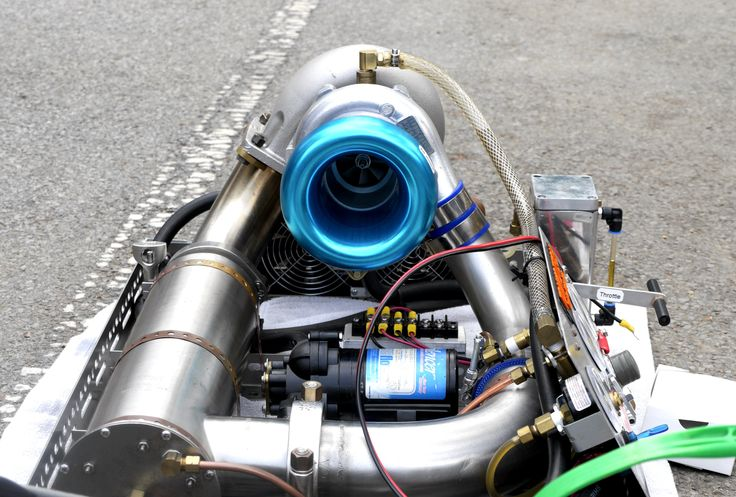 At the World Maker Faire in New York, we saw Tomko demo his G1 home-built engine.