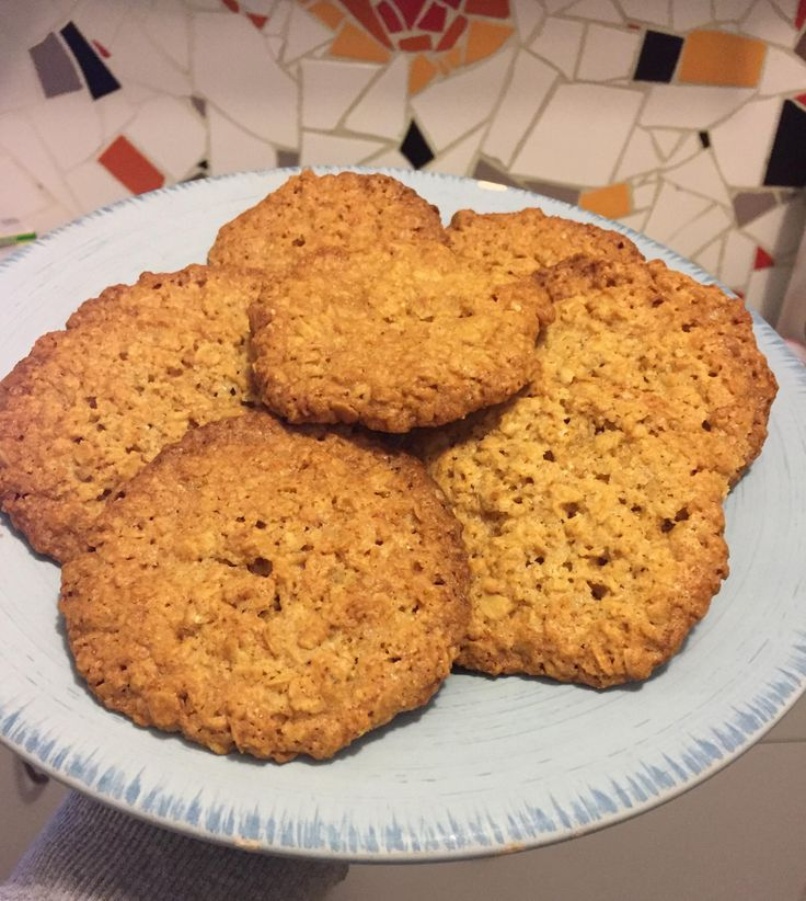 Oat biscuits by nikgerp on www.recipecommunity.com.au