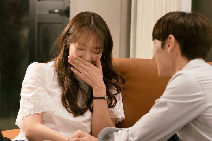 "Korseries on Twitter: ""อีเจฮุน - ชินมินอา ระหว่างถ่ายทำละคร #TomorrowWithYou ช่อง tvN https://t.co/r6OSRJQyTN"""