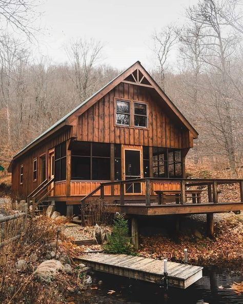 Beautiful Cabins In The Woods. In