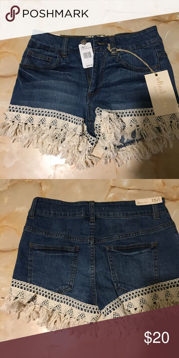 Fringe shorts size 25 Size 25 no flaws NWTS American Eagle Outfitters Shorts Jean Shorts