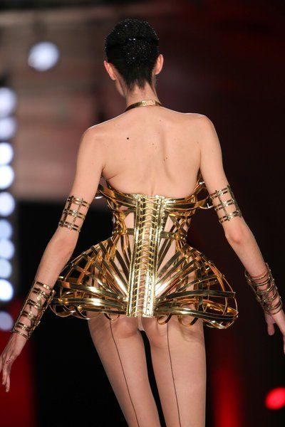 Haute Couture Spring Fashion 2013: 15 Crazy And Beautiful ...