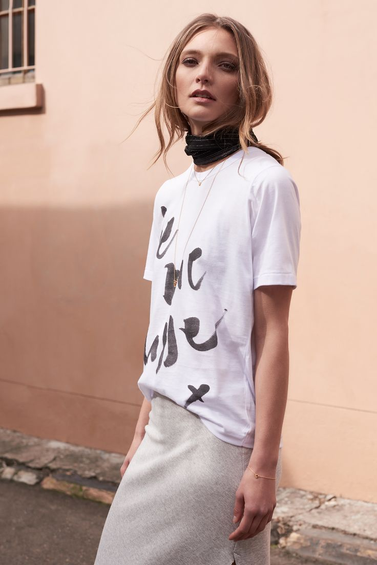 The je me casse Classic Tee + Split Skirt by bon label. Autumn 17 collection. organic. ethical fashion. made in australia. inspired by paris. good for womankind.   white, t-shirt, french quote, top, grey, skirt, essentials, organic, cotton, parisian style   SHOP bonlabel.com.au