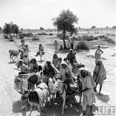 Mass migration during independence of India & Pakistan in 1947. End of British Colonial rule (British Raj).