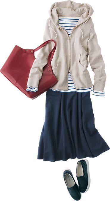 ミモレ丈のスカートをあわせフェミニンスタイル
